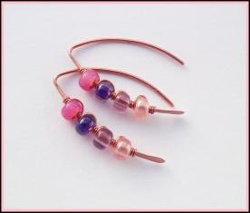 marquise oorbel met roze en paarse kralen