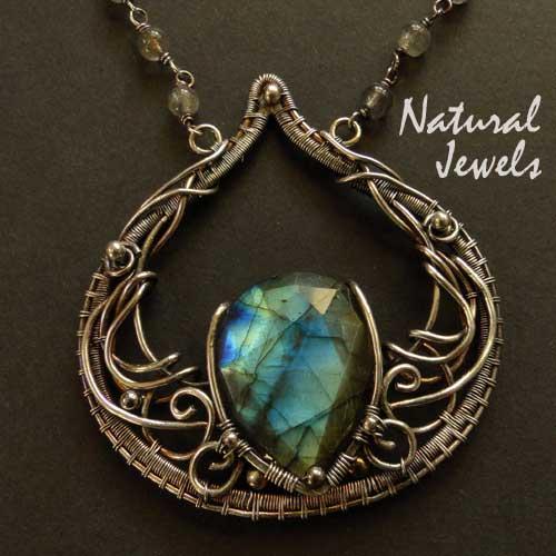 'Inner light' handmade pendant by Natural Jewels