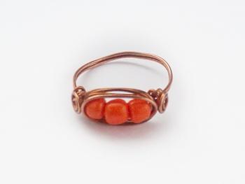 basis ring oranje drie kralen