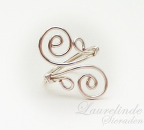wire wrapped verstelbare ring met spiralen