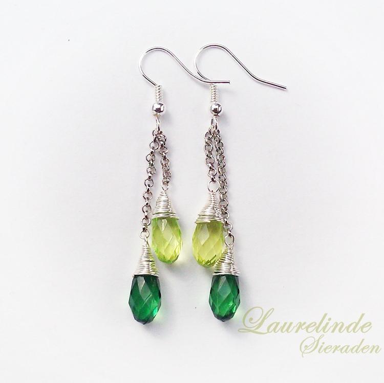 Groene druppel oorbellen