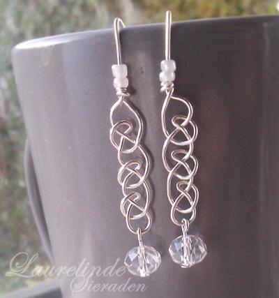 sterling zilveren oorbellen, met de hand gevlochten in een keltisch patroon
