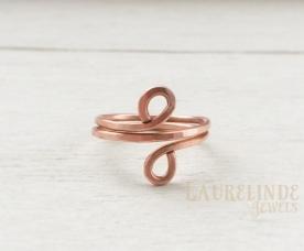 symmetrische koperen wire ring