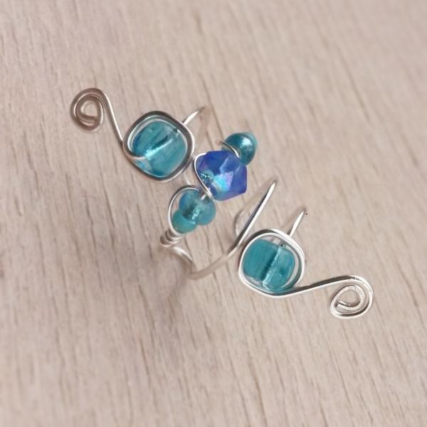 turquoise wire earcuff door Laurelinde